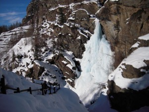cascate lillaz inverno