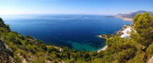 Veduta panoramica di paesaggi della Frazione Mortola superiore del Comune di Ventimiglia (IM).